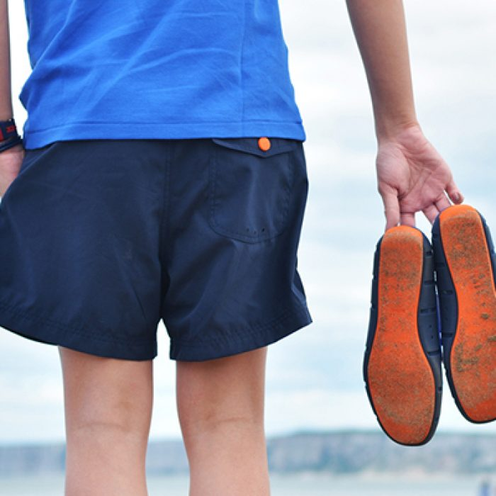 swims-carrying-orange-sole-